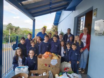 SOCIALIZAÇÃO: EFLUR realiza Ação Social no Instituto Santíssima Trindade