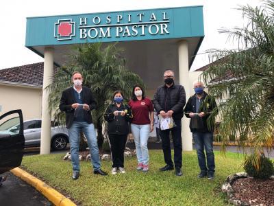 Vitrine do Bem: Lions Clube doa máscaras para o hospital