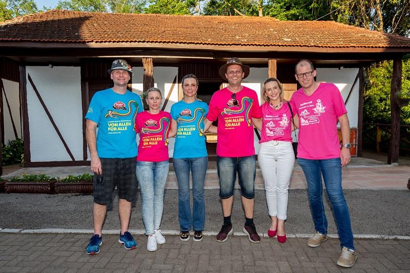 Parque recebeu voluntários no último sábado (12) para entrega dos kits de trabalho