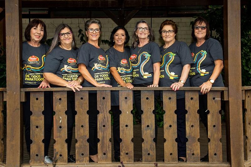 Sete candidatas buscam o título de  Seniorin