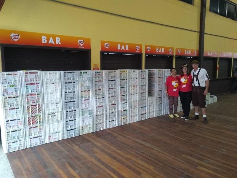 Hospital Bom Pastor recebe doação de 3,7 toneladas de alimentos da Oktoberfest de Igrejinha