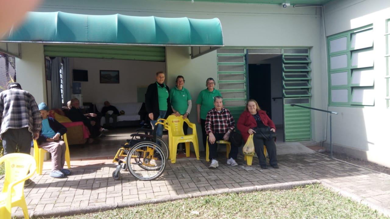 SOCIALIZAÇÃO: Seniorin e grupo Flor da Esperança desenvolvem projeto social